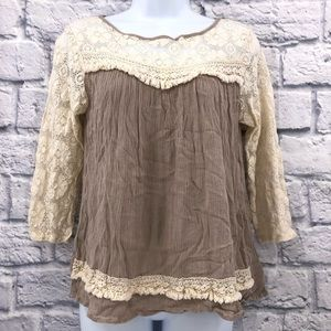 Umgee Size Small Beige & Cream Blouse